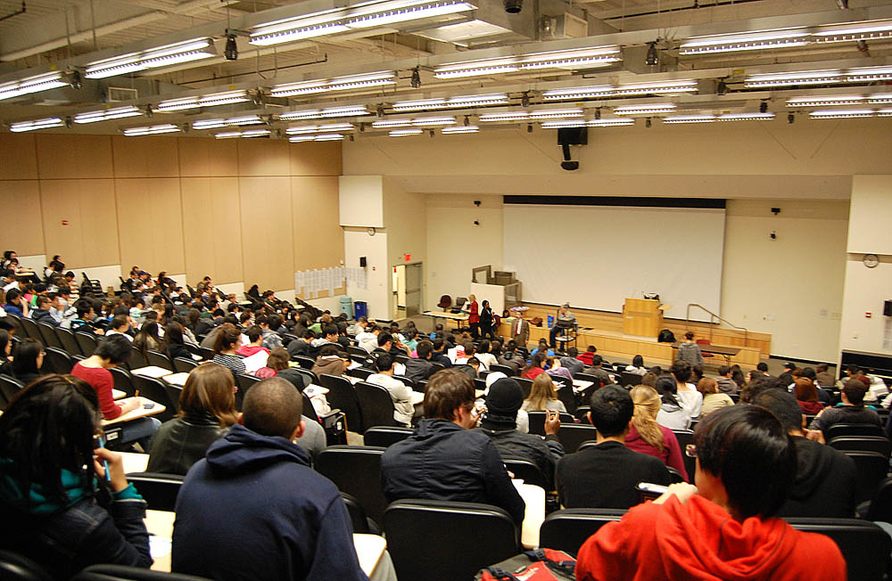 College Talks: Choosing the Right Business